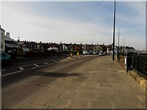 NZ3672 : Promenade, Whitley Bay by Graham Robson