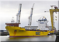 J3675 : The 'Happy River' departing Belfast by Rossographer