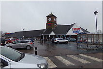 TL2210 : Tesco Extra Superstore, Hatfield by Adrian Cable