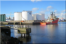 NJ9505 : Aberdeen Harbour by Anne Burgess
