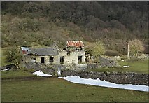 SK2276 : Farm ruins south west of Eyam by Neil Theasby