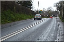 SX9888 : Exmouth Rd, A376 by N Chadwick