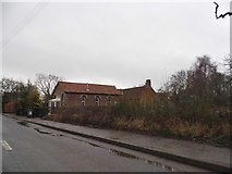 TL9598 : Converted building on The Street, Caston by David Howard