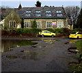 SS8984 : Yellow cars and a large puddle, Tondu by Jaggery