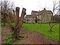 ST5464 : Court Farm by Roger Cornfoot