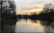 TQ2979 : St James's Park by Chris Thomas-Atkin
