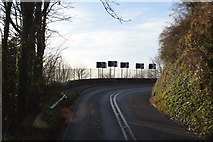 SX9370 : Sharp bend, Teignmouth Rd by N Chadwick