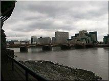 TQ3078 : The Thames at Vauxhall Bridge by Eirian Evans