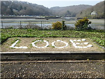 SX2553 : Looe station sign by Rod Allday
