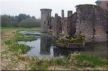 NY0265 : Caerlaverock Castle by Ian Taylor