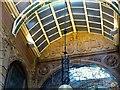 SE3033 : Cross Arcade, Leeds by Alan Murray-Rust