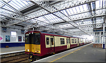 NS4864 : Class 324 train at Paisley Gilmour Street station by Thomas Nugent