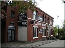 SJ9398 : The Station pub, Warrington Street, Ashton under Lyne by Richard Vince