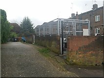 TQ2688 : Alleyway off Ossulton Way, Hampstead Garden Suburb by David Howard