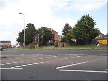 TL2433 : London Road, Baldock by David Howard