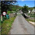 SO1723 : Across a narrow river bridge in Felindre, Powys by Jaggery