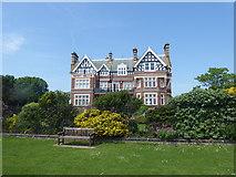 TR2135 : House on The Leas, Folkestone by Marathon
