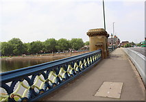 SK5838 : SW parapet of Trent Bridge viewed from the SE end by Roger Templeman