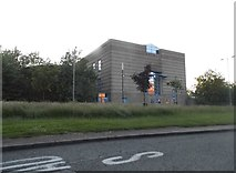 SO9198 : The back of Wolverhampton Court from the Ring Road by David Howard
