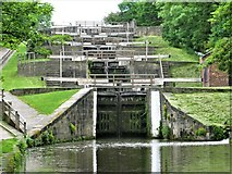 SE1039 : Bingley Five Rise Locks,  Leeds and Liverpool Canal by G Laird