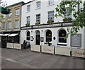 SU4767 : Hatchet Inn, Market Place, Newbury by Jaggery