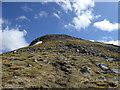 NN1332 : Approaching the summit of Beinn Eunaich by Alpin Stewart