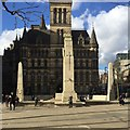 SJ8398 : The War Memorial in front of Manchester Town Hall by Robin Stott
