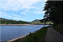 SK0296 : Path alongside Bottoms reservoir. by steven ruffles