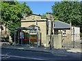 SE3321 : Lodge to Queen Elizabeth Grammar School, Northgate by Alan Murray-Rust