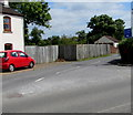 SO7704 : Junction of Bath Road and Middle Street, Eastington by Jaggery