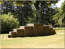 "SE2812 : Yorkshire Sculpture Park: ""123454321"" by Rudi Winter"