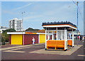 SZ6498 : Along the Esplanade by Des Blenkinsopp