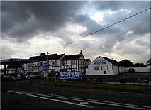 SO7606 : Hilltop Garage, Frampton on Severn by David Howard