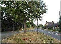SO8007 : Road junction at Stroud Green by David Howard
