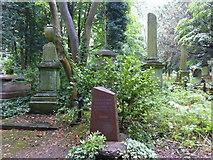 TQ2887 : The grave of Alexander Litvinenko in Highgate West Cemetery by Marathon