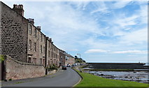 NU0052 : Houses along Pier Road, Berwick-upon-Tweed by Mat Fascione