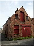 SE3053 : Building at Oatlands by Derek Harper