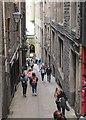 NT2573 : Fleshmarket Close, Edinburgh by Jim Barton