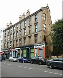 NS5566 : Tenement on Dumbarton Road by Richard Sutcliffe