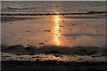 NX1896 : Sun Setting on Ainslie Shore by Billy McCrorie