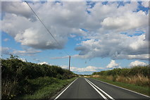 SU4438 : The A30 west of Sutton Scotney by David Howard