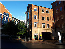 SE3033 : Handelsbanken, Sovereign Street, Leeds by Stephen Craven