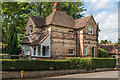 TQ1253 : The Lodge, Manor House Lane by Ian Capper