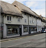 SU1660 : Thatched roof shops, Market Place, Pewsey by Jaggery