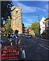 SP2864 : Traffic control during repairs and refurbishment of Westgate, Warwick : Week 39