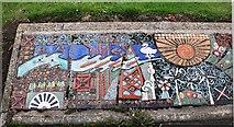 NT3699 : Mural in Methil by Bill Kasman