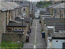 SD8432 : Houses next to the Leeds and Liverpool Canal in Burnley by Mat Fascione
