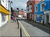 Q4401 : Sraid na Tra, Dingle by Humphrey Bolton