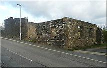 SE0927 : Ruin, Swales Moor Road by Humphrey Bolton