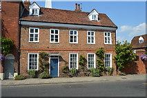 SU7682 : Camden House by N Chadwick